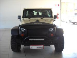 Jeep Wrangler Unlimited 3.8L Rubicon - Image 2