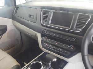 Kia Grand Sedona 2.2 Crdi EX + automatic - Image 17