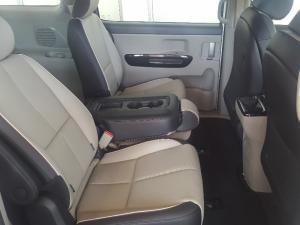 Kia Grand Sedona 2.2 Crdi EX + automatic - Image 19