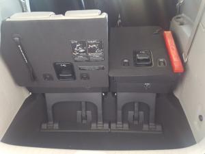 Kia Grand Sedona 2.2 Crdi EX + automatic - Image 9