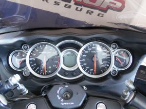 Suzuki GSX 1300RA - Image 5