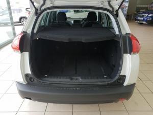 Peugeot 2008 1.6 VTiActive - Image 10