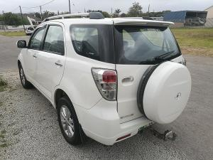 Daihatsu Terios 7 Seat - Image 4