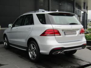 Mercedes-Benz GLE 400 4MATIC - Image 10