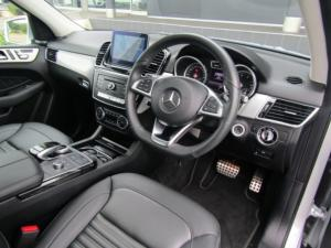 Mercedes-Benz GLE 400 4MATIC - Image 14