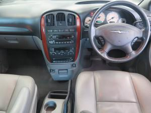 Chrysler Grand Voyager 3.3 Limited automatic - Image 10
