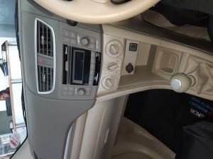 Suzuki Ertiga 1.4 GL - Image 6