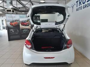 Peugeot 208 Active 1.2 Puretech 5-Door - Image 10