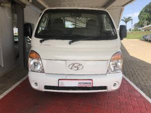 Hyundai H-100 Bakkie 2.5TCi chassis cab - Image 2