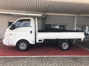 Hyundai H-100 Bakkie 2.5TCi chassis cab - Image 3