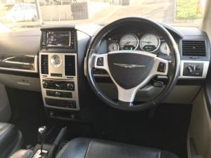 Chrysler Grand Voyager 2.8 Limited automatic - Image 10