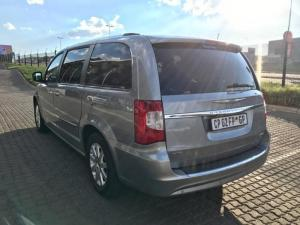 Chrysler Grand Voyager 2.8 Limited automatic - Image 5