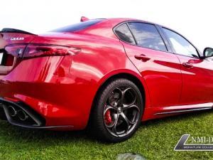 Alfa Romeo Giulia 2.9T V6 Launch Edition QV - Image 12