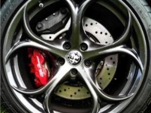 Alfa Romeo Giulia 2.9T V6 Launch Edition QV - Image 2