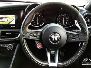 Alfa Romeo Giulia 2.9T V6 Launch Edition QV - Image 3