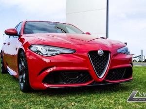 Alfa Romeo Giulia 2.9T V6 Launch Edition QV - Image 8