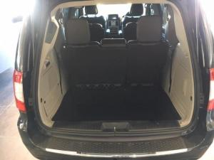 Chrysler Grand Voyager 2.8CRD Limited - Image 7