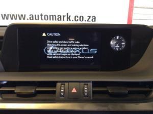 Lexus ES 250 EX - Image 10