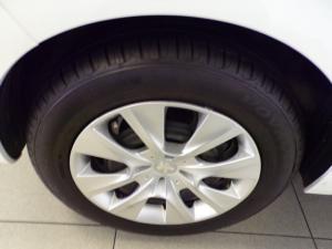 Peugeot 2008 1.2 VTiAccess - Image 12