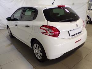 Peugeot 2008 1.2 VTiAccess - Image 4