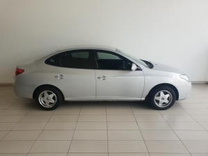 Hyundai Elantra 1.6 - Image 3