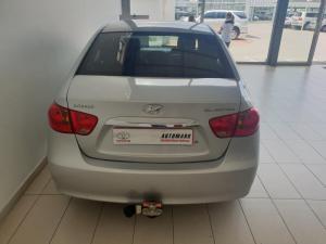 Hyundai Elantra 1.6 - Image 5