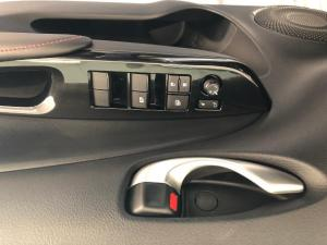 Toyota Yaris 1.5 S - Image 15