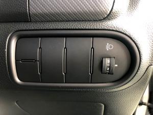 Kia Cerato 1.6 EX 5-Door - Image 16