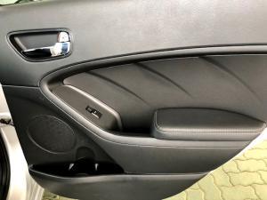 Kia Cerato 1.6 EX 5-Door - Image 22
