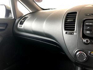 Kia Cerato 1.6 EX 5-Door - Image 25