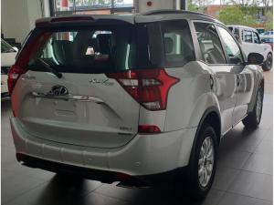 Mahindra XUV 500 2.2D Mhawk automatic 7 Seat - Image 4