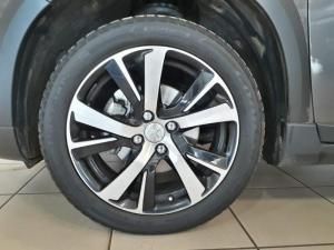 Peugeot 2008 1.2T Puretech GT-LINE automatic - Image 4