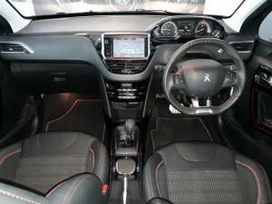 Peugeot 2008 1.2T Puretech GT-LINE automatic - Image 5