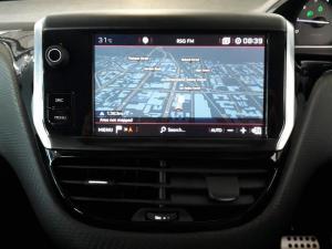 Peugeot 2008 1.2T Puretech GT-LINE automatic - Image 7