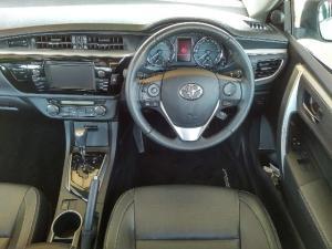 Toyota Corolla 1.8 Exclusive auto - Image 9