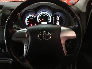Toyota Fortuner 3.0D-4D auto - Image 9