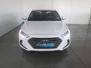 Hyundai Elantra 1.6 Executive automatic - Image 2