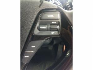 Kia Cerato 1.6 EX 5-Door - Image 11