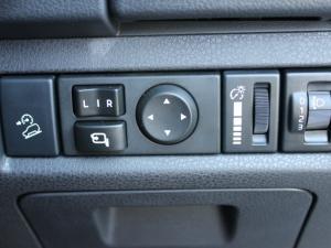 Isuzu D-MAX 300 LX automatic D/C - Image 14