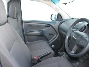 Isuzu D-MAX 250 HO Fleetside Safety S/C - Image 9