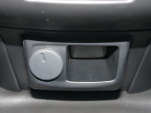 Isuzu D-MAX 250C S/C - Image 12