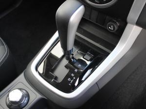 Isuzu MU-X 3.0D 4X4 automatic - Image 7