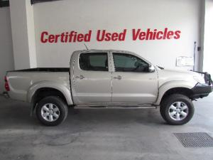 Toyota Hilux 4.0 V6 double cab 4x4 Raider Heritage Edition - Image 4