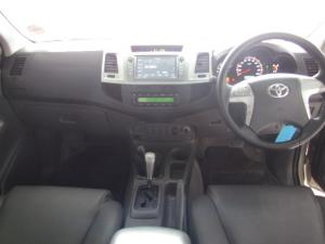 Toyota Hilux 4.0 V6 double cab 4x4 Raider Heritage Edition - Image 5