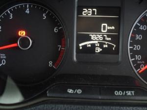 Volkswagen Polo sedan 1.6 Comfortline - Image 6