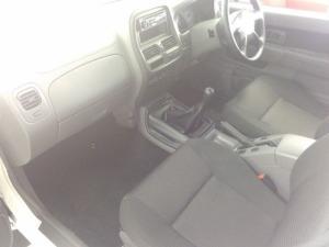 Nissan Hardbody NP300 2.5TDi HI-RIDERS/C - Image 12