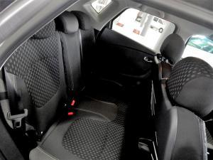 Renault Captur 1.2T Dynamique EDC 5-Door - Image 25