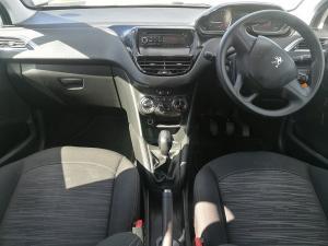 Peugeot 208 POP ART 1.0 Puretech 5-Door - Image 13