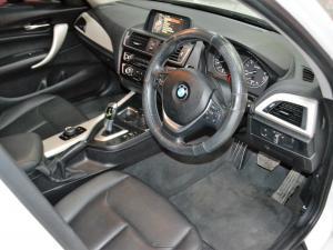 BMW 1 Series 120i 5-door auto - Image 3