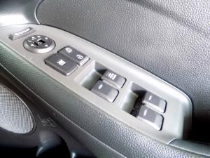 Kia Cerato 1.6 EX automatic - Image 13